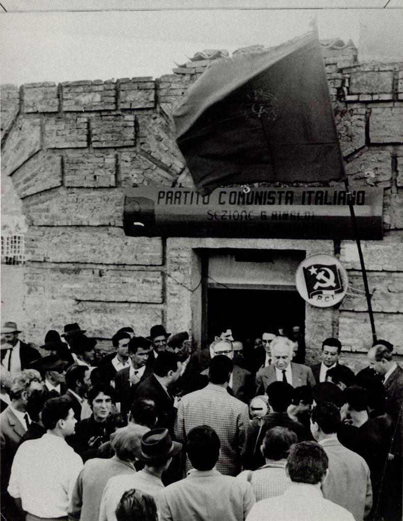 Tra i militanti comunisti di Spezzano Albanese