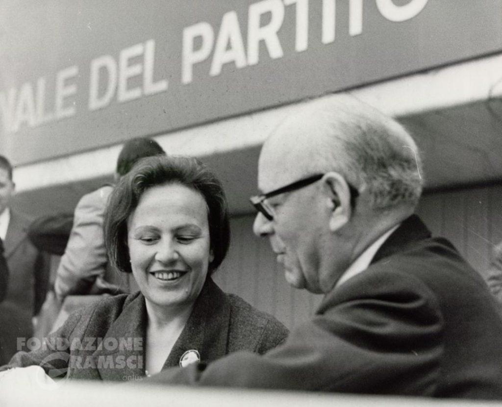 Nilde Iotti e Umberto Terracini all'XI Congresso nazionale del Pci
