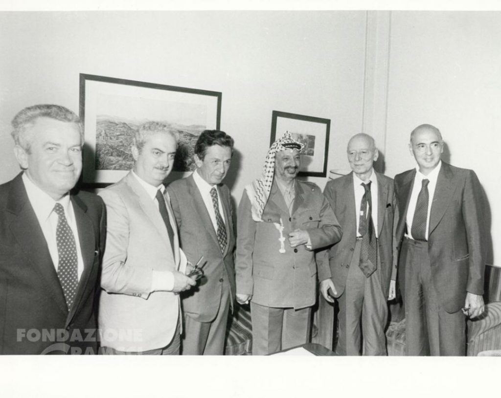 Yasser Arafat incontra Enrico Berlinguer