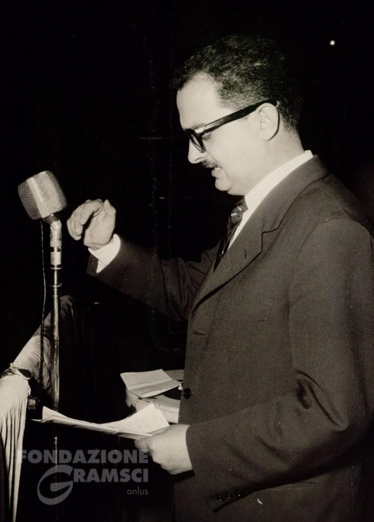 Durante un comizio per le elezioni comunali del 1960