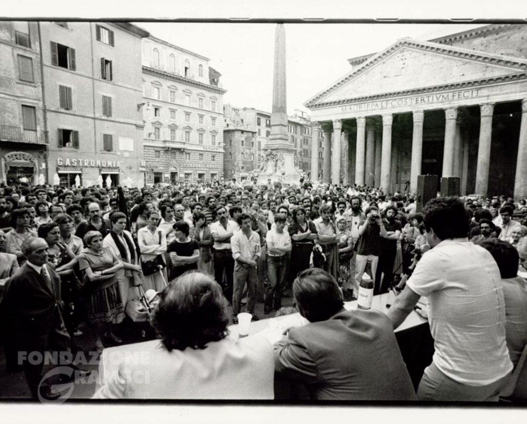 Manifestazione contro la mafia dopo l'uccisione di Losardo