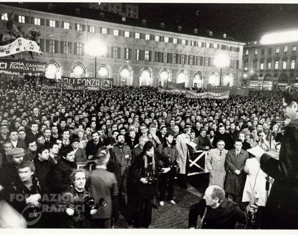 L'attentato a Carlo Casalegno. Manifestazione di piazza